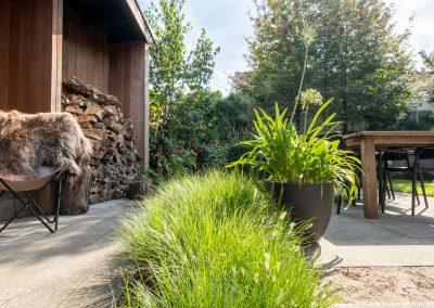 Klassieke tuin met waterelement